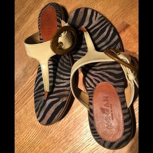 Hogan patent leather sandals made in Italy sz 38.5